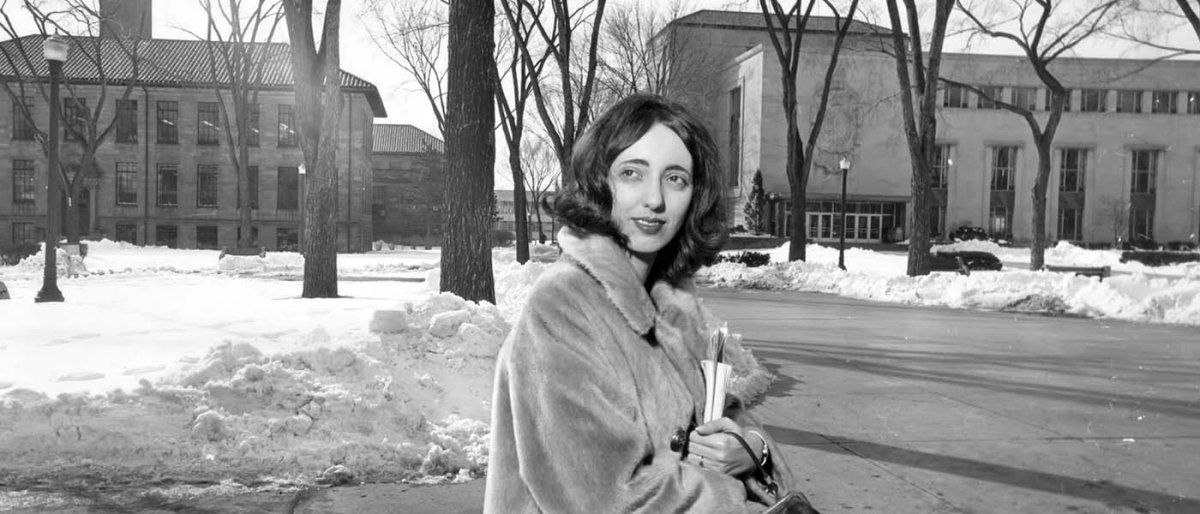 A Brief Biography of Joyce Carol Oates