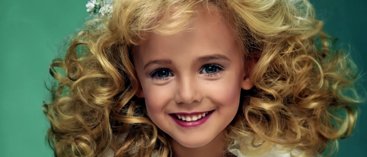 the brutal murder of jon benet ramsey shocked america to its core Free essay: who killed jon benet ramsey the brutal murder of 6-year- old jonbenet ramsey on christmas night in 1996 shocked america to its core.